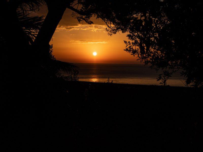 sunrise beach ocean holiday peace